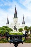 圣路易大教堂观察从杰克逊广场 库存照片