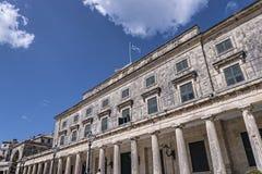 圣迈克尔和圣乔治宫殿在科孚岛希腊海岛上的科孚岛镇  库存图片
