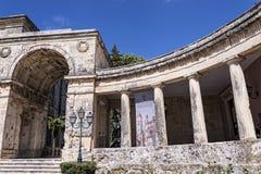 圣迈克尔和圣乔治宫殿在科孚岛希腊海岛上的科孚岛镇  图库摄影