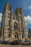 圣迈克尔和圣Gudula和街道大教堂在布鲁塞尔 免版税图库摄影