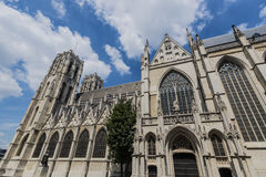 圣迈克尔和圣Gudula在布鲁塞尔,比利时 免版税库存图片