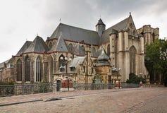 圣迈克尔教会在跟特 富兰德 比利时 图库摄影