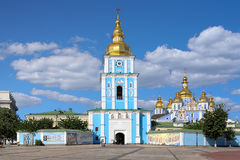 圣迈克尔的金黄半球形的修道院在基辅 库存照片