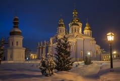 圣迈克尔` s金黄半球形的修道院有启发性教会  库存图片