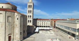 圣阿纳斯塔西娅大教堂塔在扎达尔,克罗地亚 股票视频