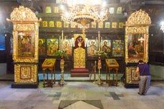 圣障在特罗扬修道院的教会里在保加利亚 免版税图库摄影