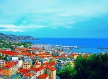 圣雷莫圣雷莫港天蓝色的意大利人的里维埃拉,统治权省,西利古里亚,意大利 库存图片