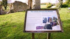 圣马丁` s信息教会废墟签字 免版税图库摄影
