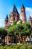 圣马丁& x27; s大教堂在美因法,德国 库存照片