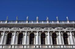 圣马克图书馆楼梯栏杆在威尼斯 图库摄影