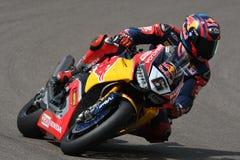 圣马力诺意大利- 5月12日:斯蒂芬Bradl GER本田CBR1000RR本田世界在行动的超级摩托车队在合格在伊莫拉的WSBK期间 免版税库存照片
