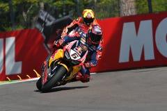 圣马力诺意大利- 5月12日:斯蒂芬Bradl GER本田CBR1000RR本田世界在行动的超级摩托车队 免版税图库摄影