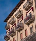 圣马力诺,意大利- 2016年10月15日:餐馆Miramonti的门面 图库摄影