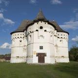 圣洁保护堡垒教会15世纪,乌克兰 库存照片