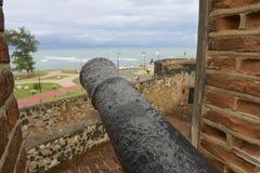 从圣费利佩堡垒的看法到海边在普拉塔港,多米尼加共和国 库存图片