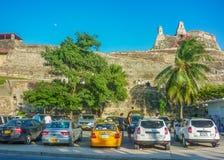 圣费利佩de巴拉哈斯堡垒卡塔赫钠哥伦比亚低角度视图 免版税图库摄影