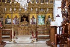 圣洁十字架教会里面看法在OMODHOS村庄的 库存图片
