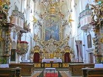 圣洁十字架的法坛巴洛克式的教会, Sazava修道院,捷克,欧洲 免版税库存图片