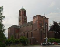 圣洁十字架的兴奋的教会 库存照片