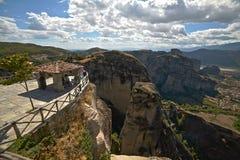 圣巴拉姆修道院在希腊观点的 库存照片