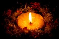 圣洁的蜡烛 免版税库存图片