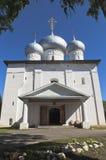 圣洁的贞女的做法的大教堂在Belozersk,沃洛格达州地区镇  免版税库存图片
