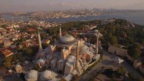 圣索非亚大教堂空中英尺长度在伊斯坦布尔市 惊人的射击 4K 股票视频