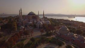 圣索非亚大教堂空中英尺长度在伊斯坦布尔市 惊人的射击 4K 影视素材