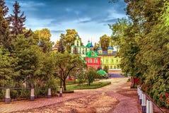 圣洁Dormition普斯克夫洞修道院 免版税库存图片