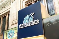圣Benedetto饮料公司标志 免版税库存图片