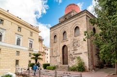 圣Cataldo教会,是一个天主教会Bellini广场位于中央巴勒莫 免版税库存照片