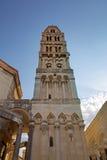 圣Duje大教堂钟楼。 免版税库存照片