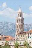 圣Duje钟楼在已分解的 免版税库存照片