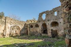 圣Francescu女修道院在Castifao附近的在可西嘉岛 免版税库存照片
