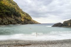 圣Fruttuoso海滩利古里亚海 颜色女儿图象母亲二 免版税图库摄影