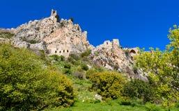 圣Hilarion城堡看法在凯里尼亚9附近的 库存图片