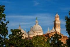 圣Justina圆顶修道院在帕多瓦 免版税图库摄影
