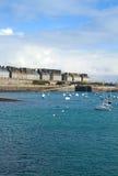 圣Malo,布里坦尼,法国老城镇  免版税库存照片