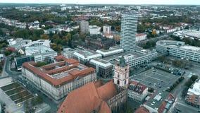 圣Marienkirche教会空中射击在奥得河的法兰克福 德国 股票录像