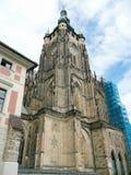 圣Vitus大教堂,布拉格门面  库存照片