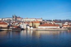 圣Vitus,布拉格城堡和伏尔塔瓦河河大教堂  图库摄影