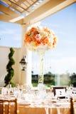 在一个典雅的结婚宴会的焦点 库存图片