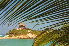 在一个加勒比海滩的小屋 Tayrona国家公园 哥伦比亚 库存照片