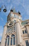 在一个历史建筑的天文学时钟 库存图片