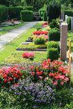 在一个坟园,在夏天 库存图片