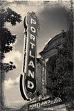 在一个大厦的波特兰标志在街市波特兰,俄勒冈 抽象背景同类的照片结构葡萄酒 免版税库存照片