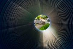 在一个大直径PVC管子里面的看法 图库摄影