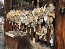在一个寺庙的Waraji日本秸杆凉鞋在日本 免版税库存照片