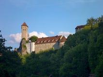 在一个岩石的城堡在neuhaus 免版税图库摄影