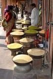 在一个市场的香料在印度 免版税库存图片